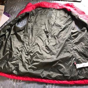 L.L. Bean Jackets & Coats - LL Bean Light Weight Puffer vest